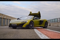 video-test-sieu-xe-mclaren-675lt-spider