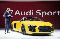 can-canh-audi-r8-spyder-2017