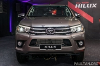 can-canh-toyota-hilux-phien-ban-moi