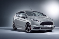 cho-don-dieu-gi-tai-ford-fiesta-st-the-he-moi