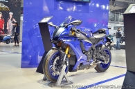 can-canh-yamaha-yzf-r1-2018-tai-trien-lam-auto-expo