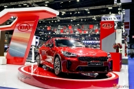 bims-2018-sedan-the-thao-kia-stinger-gt-co-gi