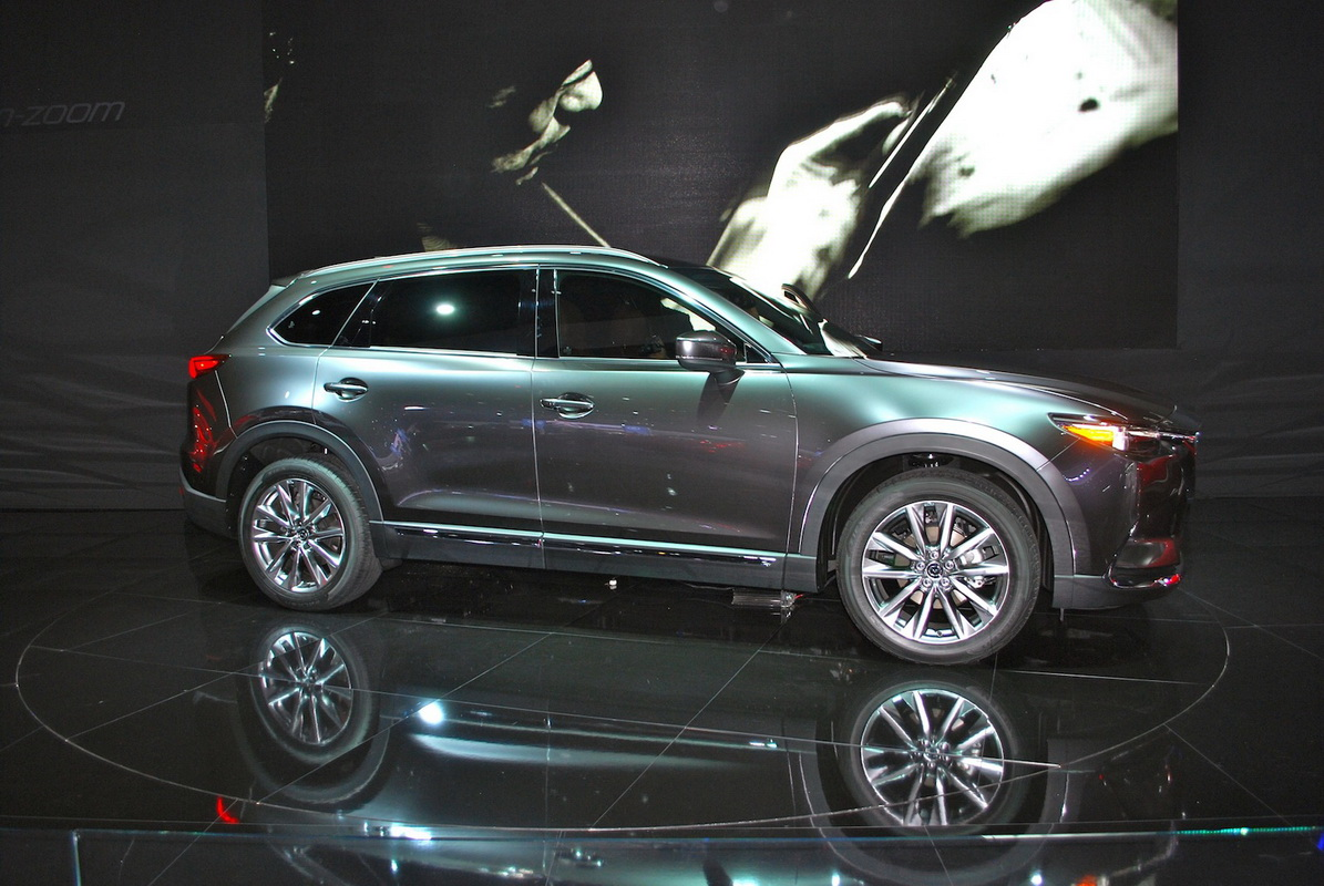 mazda cx 9 2017 t i la auto show. Black Bedroom Furniture Sets. Home Design Ideas