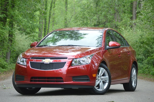 can-canh-chevrolet-cruze-may-dau