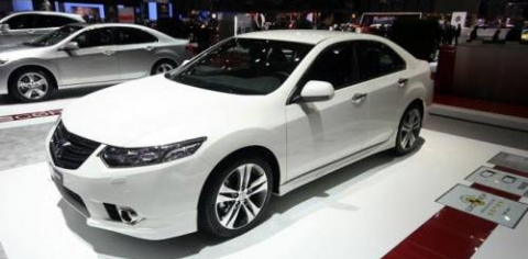 can-canh-honda-accord-2011