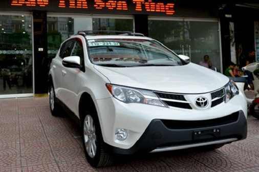 toyota-rav4-the-he-moi-dau-tien-ve-ha-noi